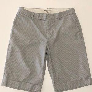 Banana Republic Bermuda shorts size 8